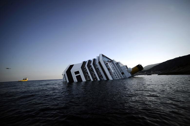 Sinking-Costa-Concordia-o-001.jpg